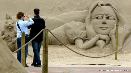 1220314915_best-sand-sculptures5 (520x288, 35Kb)
