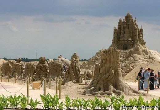 1220314953_best-sand-sculptures25 (520x360, 51Kb)