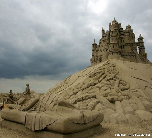 1220314979_best-sand-sculptures26 (520x474, 50Kb)