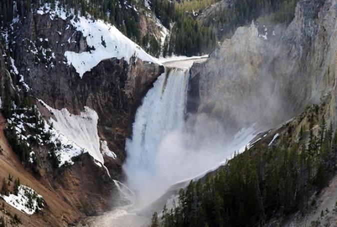 Йеллоустонский национальный парк (Yellowstone National Park), Вайоминг, 1 июня 2011 года./2270477_30 (675x454, 105Kb)