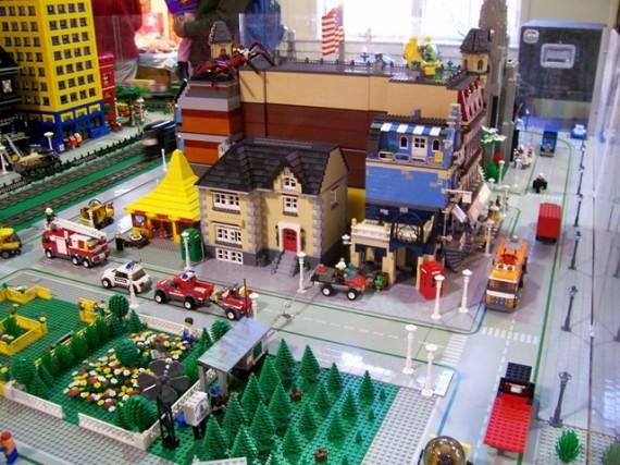 LEGO (570x427, 89Kb)
