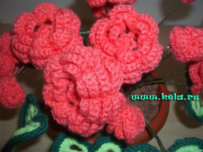 Вяжем цветы в горшках крючком 128