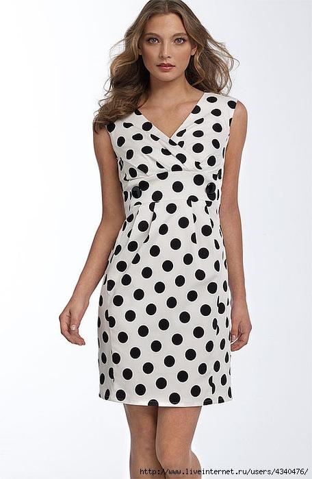 Женщина.:  Платье в горошек Лето 2010, Платье в горошек.