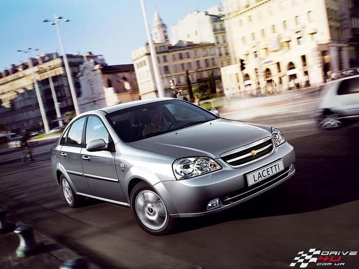 Chevrolet_Lacetti_sedan_dynamic_1x1024x768 (700x525, 111Kb)