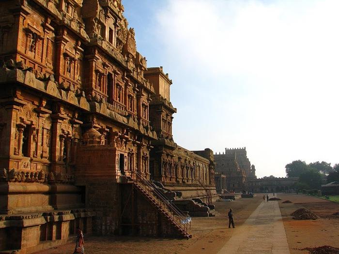 Танджавур - Брихандишвара Мандир (Brihadishwara Mandir) 44216