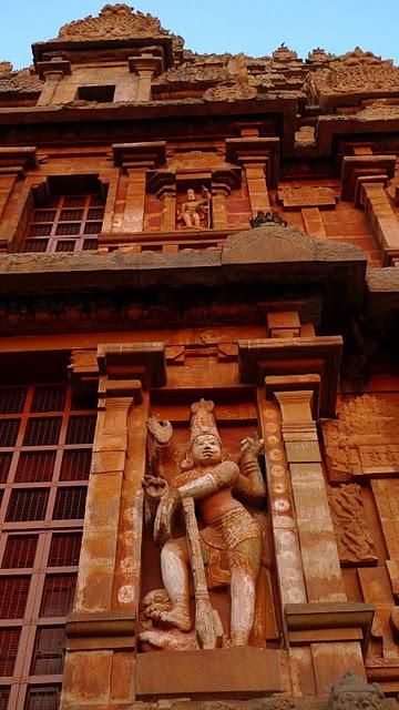 Танджавур - Брихандишвара Мандир (Brihadishwara Mandir) 52113