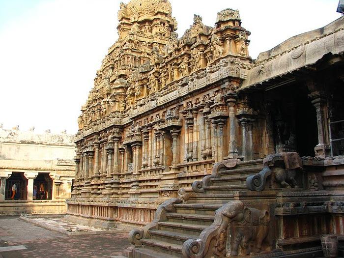 Танджавур - Брихандишвара Мандир (Brihadishwara Mandir) 27375