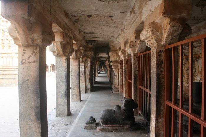 Танджавур - Брихандишвара Мандир (Brihadishwara Mandir) 64002