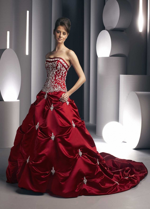 3726295_BallGownWeddingDressRed (503x700, 195Kb)