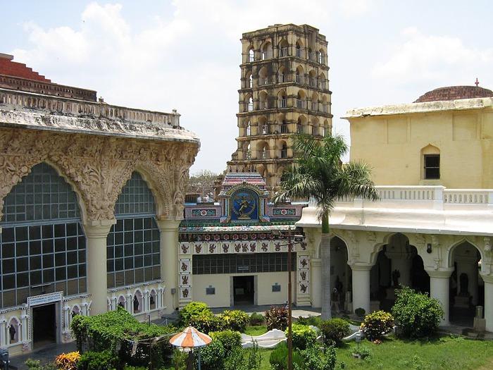 Танджавур - Дворец Наяков и музеи 41759
