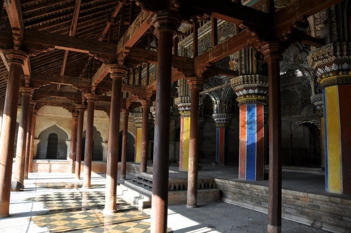 Танджавур - Дворец Наяков и музеи 33197