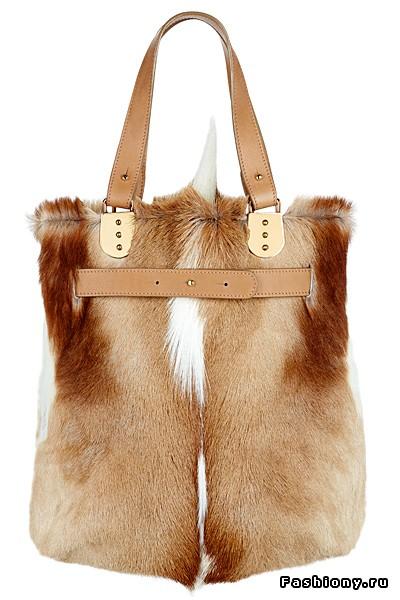 Если вы до сих пор не определились, какую сумку купить на зиму 2011-2012...