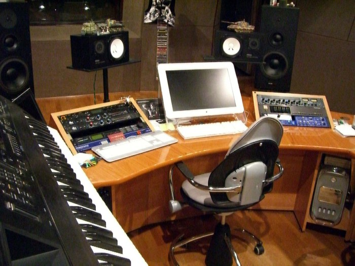studiohome01 (700x525, 98Kb)