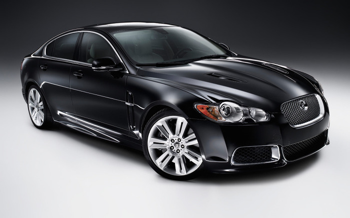 Jaguar_XFR_Supercharged_2010 (700x437, 64Kb)