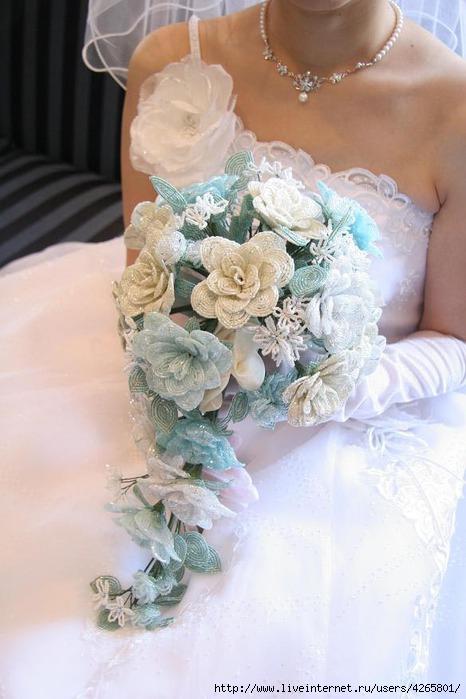 Как сделать свадебные букеты из бисера своими руками
