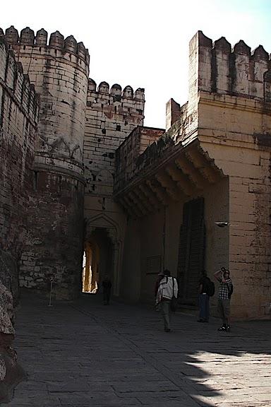 Крепость Мехрангарх - Mehrangarh fort, Jodhpur 91743
