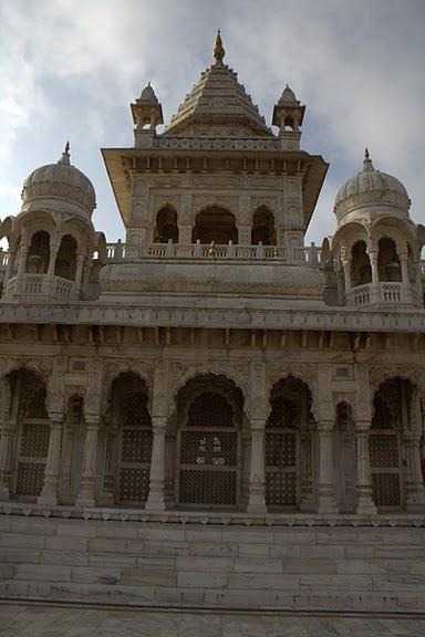 Джасвантх-Тхада 19995