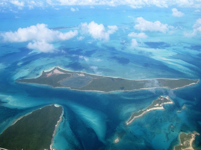 Bahamas_C6AKQ-2011 (700x525, 141Kb)