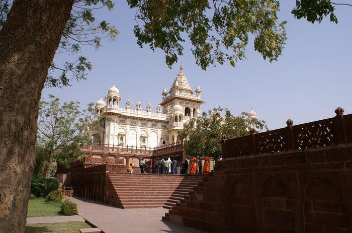 Джасвантх-Тхада 22049