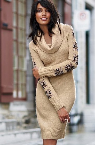 Вязаные платья, трикотажные платья-туники, платья-свитера - выбор велик.