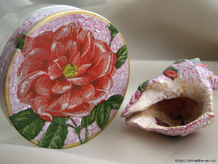 баночка и ракушка, розы, кракелюр, декупаж, Shraddha, 1 (700x525, 315Kb)