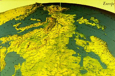 1067597_Evropy_s_sovetskoi_tochki_zreniya_1944 (483x320, 164Kb)