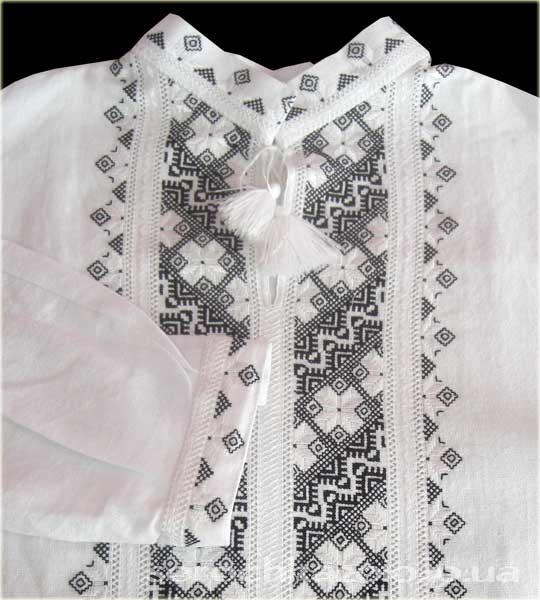 Белые туники с шитьем
