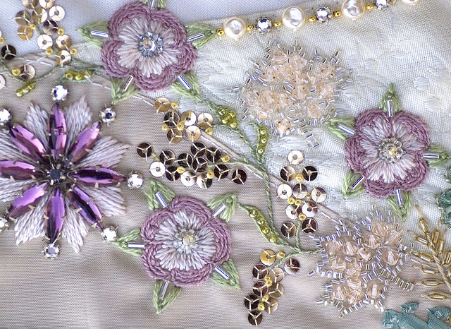 Gift ideas for women bead embroidery free
