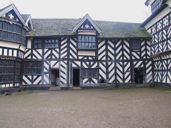Литтл Моретон Холл - Little Moreton Hall 22521