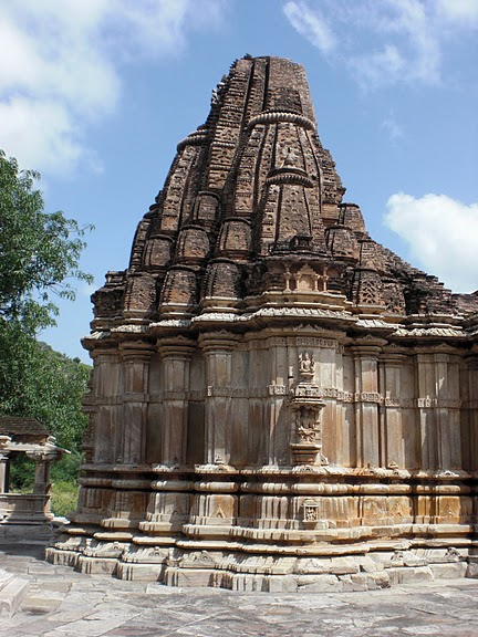 Храм Нагда - Nagda Sahasra Bahu temple 99472