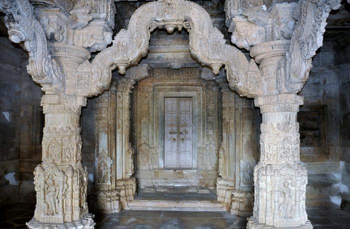 Храм Нагда - Nagda Sahasra Bahu temple 50467