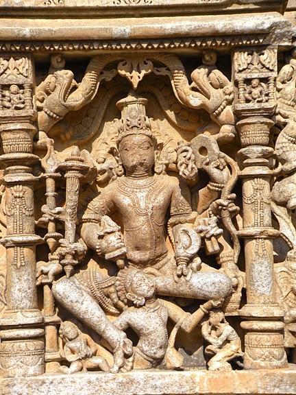 Храм Нагда - Nagda Sahasra Bahu temple 10149
