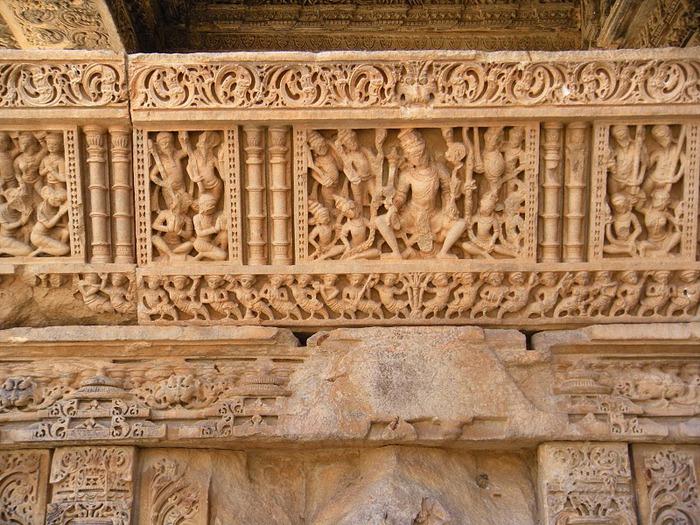 Храм Нагда - Nagda Sahasra Bahu temple 32999