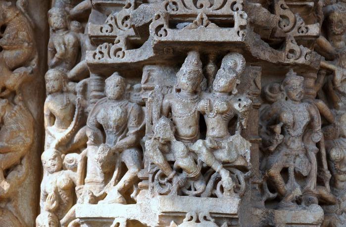 Храм Нагда - Nagda Sahasra Bahu temple 92429