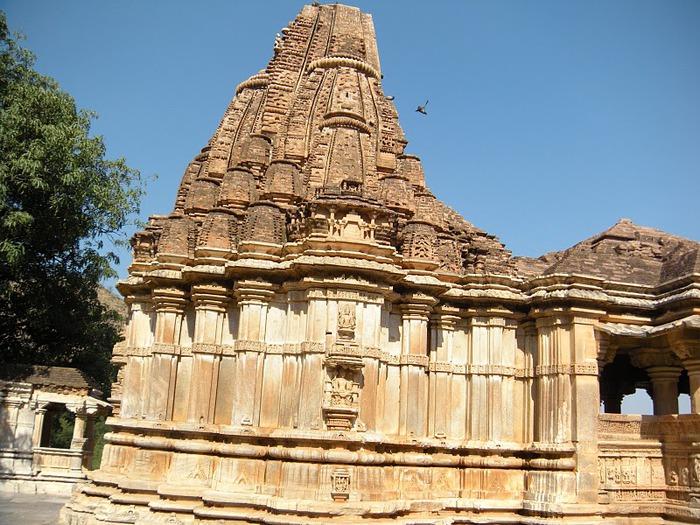 Храм Нагда - Nagda Sahasra Bahu temple 91467