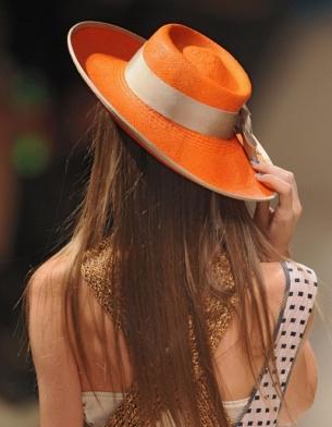 ELLE.ru - Шляпных дел мастер, фото, модные тенденции.