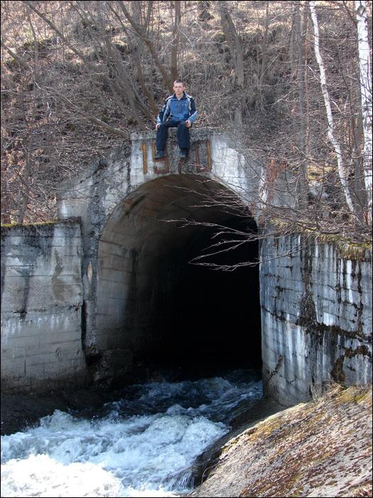 8 - над тоннелем (525x700, 346Kb)