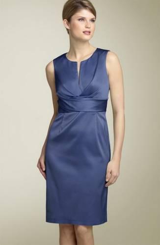 Платье-футляр - на светское мероприятие.