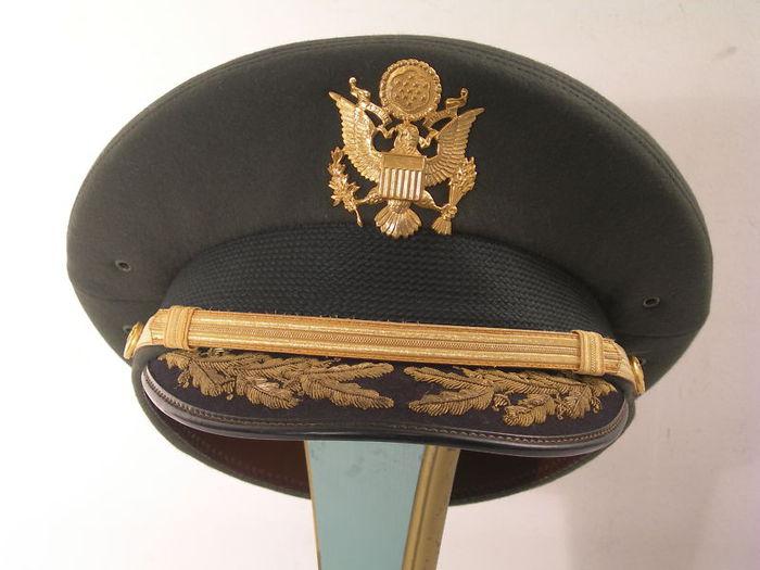 Фото военной фуражки