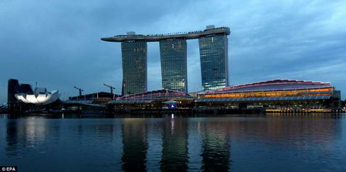 Marina-Bay-Sands4 (700x347, 39Kb)