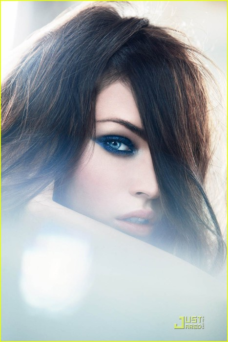 megan-fox-giorgio-armani-beauty-02 (467x700, 68Kb)