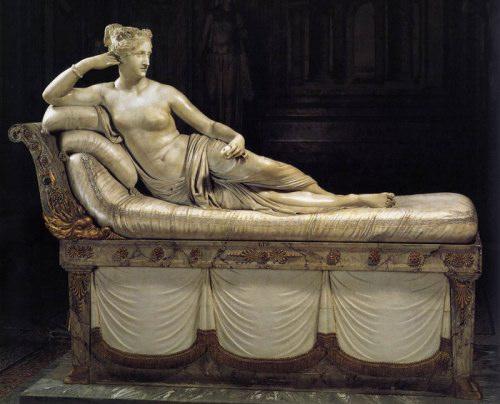 Эталон красоты итальянцев скульптура Полины Бонапарт (500x404, 42Kb)
