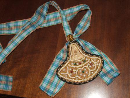 Старинная русская техника вышивки бисером(шитье по бели)