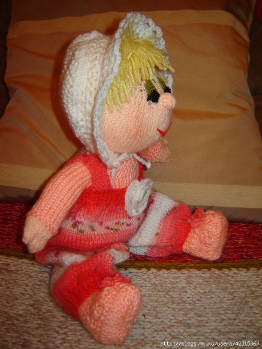 Вязаная кукла Малышка.
