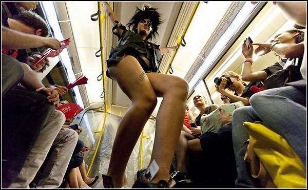 underground-catwalk-2011-101 (600x371, 77Kb)