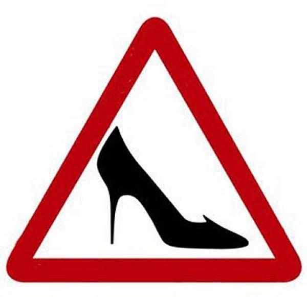 знак женщина за рулем/4171694_znak (600x580, 23Kb)