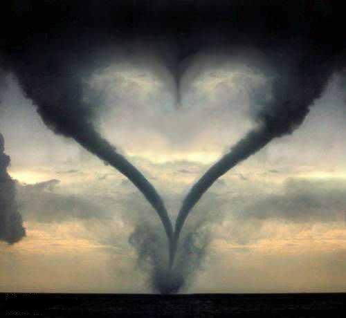 торнадо сердце (500x460, 16Kb)