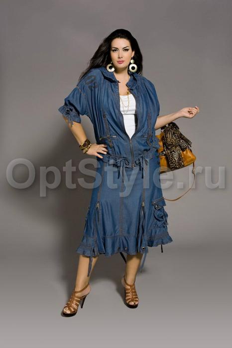 Описание: Одежда для полных женщин высокого.