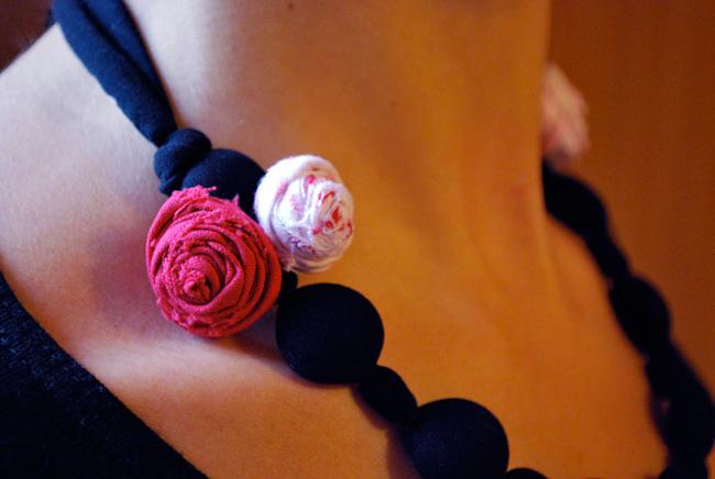 Как сделать цветы из ткани: мастер-класс.