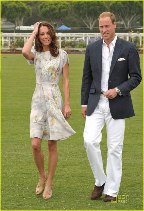 prince-william-kate-foundation-polo-challenge-pair-01 (479x700, 91Kb)